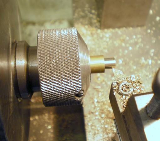 Figure 2: Turn spigot to fit nut.